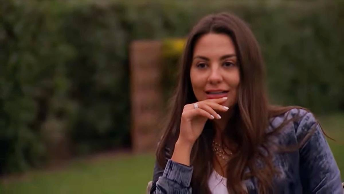 Kelley Flanagan films for The Bachelor