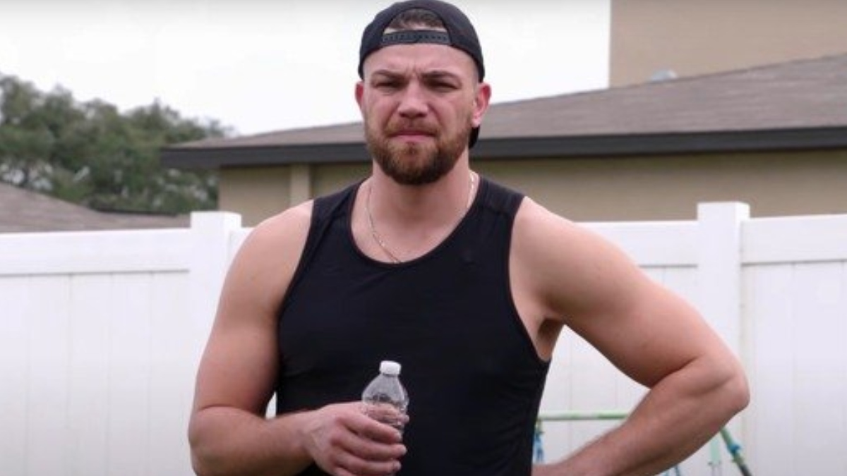 Andrei Castravet working out on 90 Day Fiance.