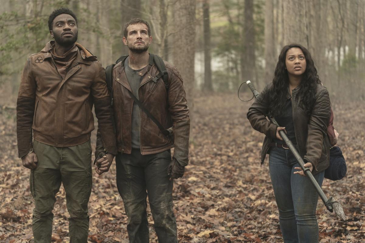 Jelani Alladin as Will, Nico Tortorella as Felix, and Aliyah Royale as Iris, as seen in Episode 10 of AMC's The Walking Dead: World Beyond Season 1
