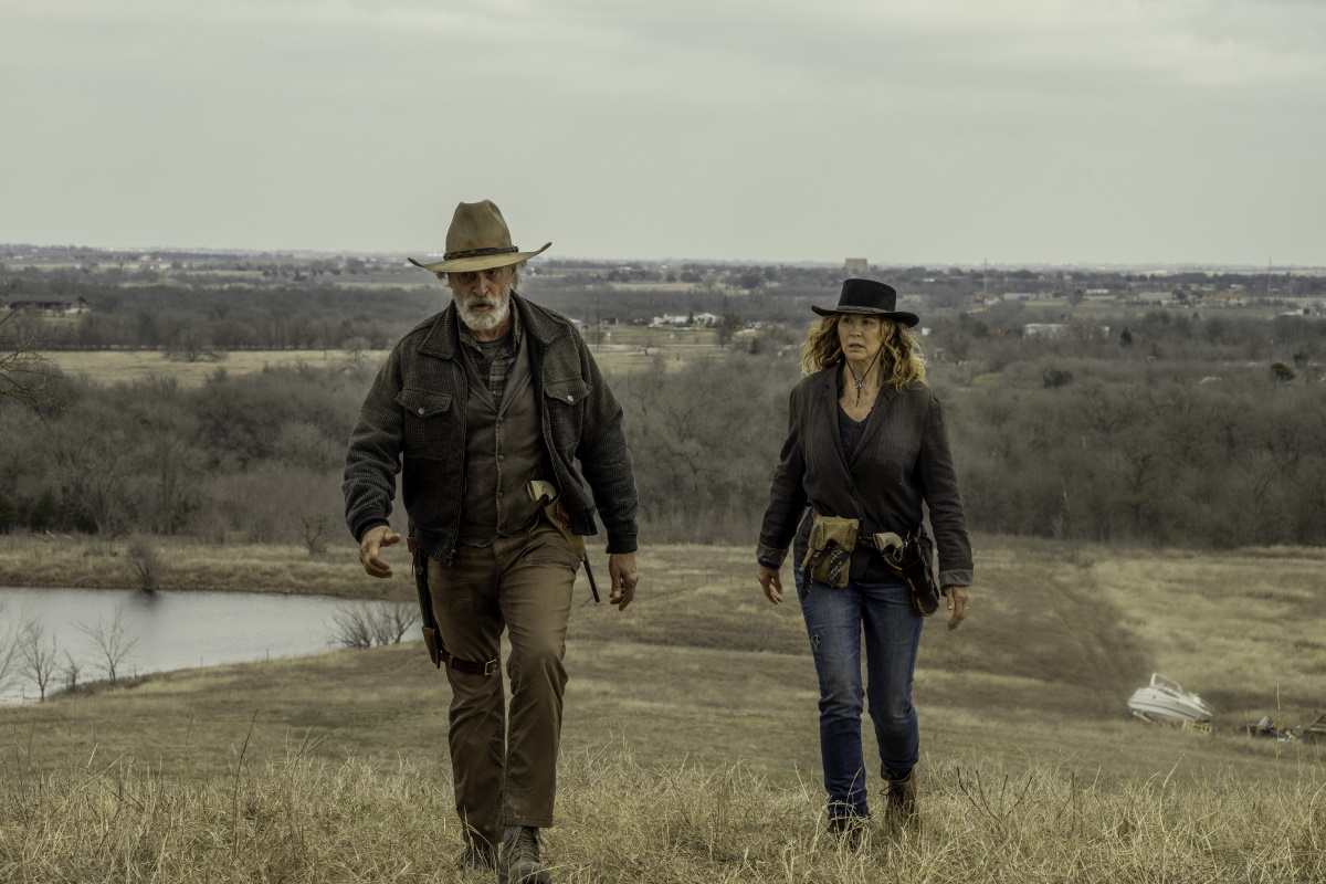Keith Carradine as John Dorie Sr. and Jenna Elfman as June, as seen in Episode 16 of AMC's Fear the Walking Dead Season 6