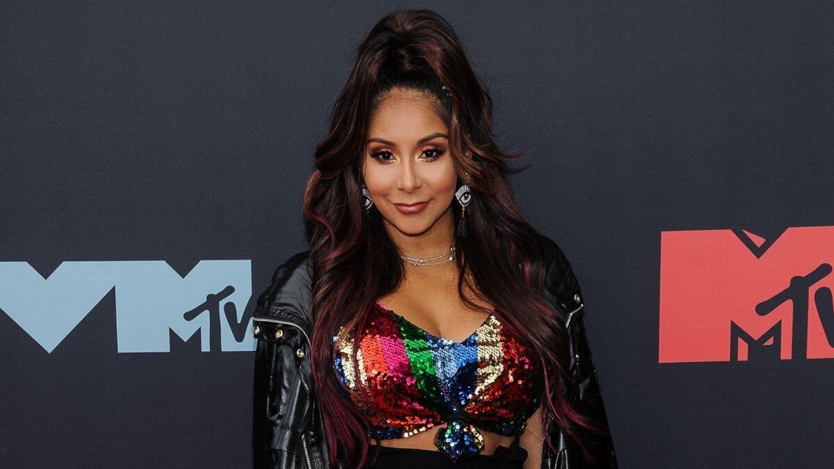 Nicole 'Snooki' Polizzi to host new MTV show.