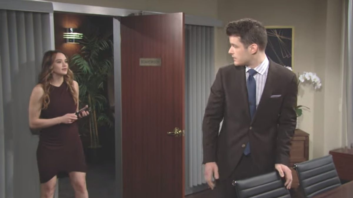 The Young and the Restless spoilers tease Summer ends her relationship with Kyle.