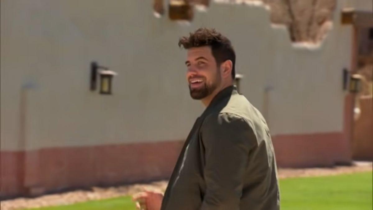 Blake Moynes arrives on The Bachelorette