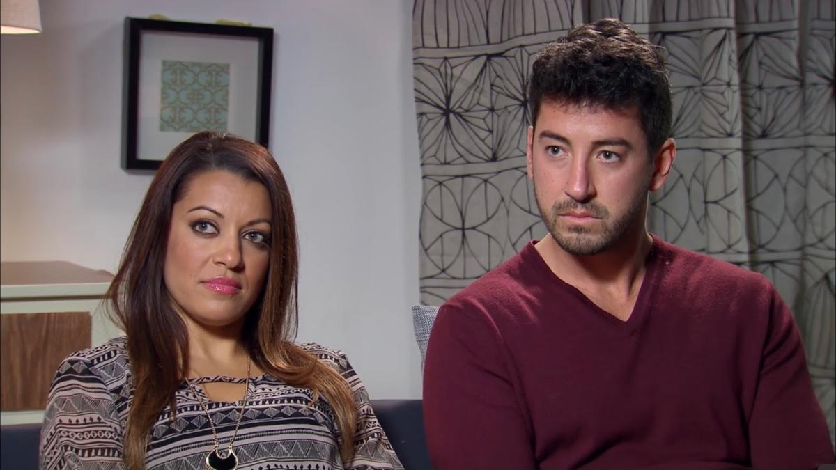 Jaclyn and Ryan sit in a session with a MAFS expert