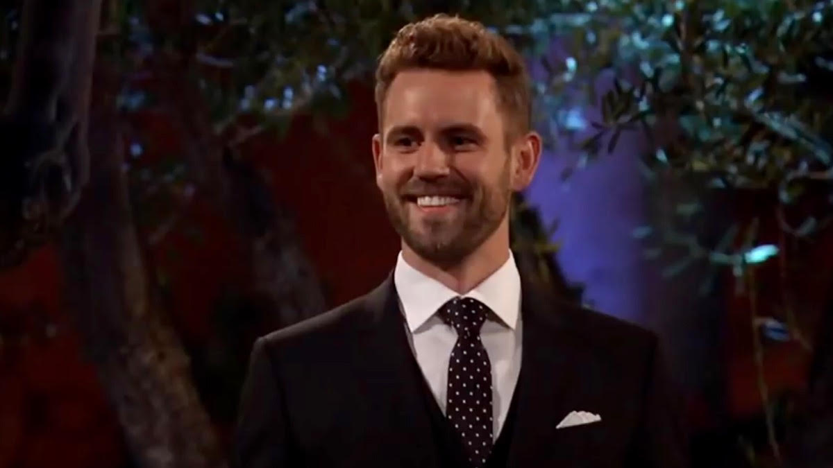 Nick Viall wears a suit and tie on The Bachelor