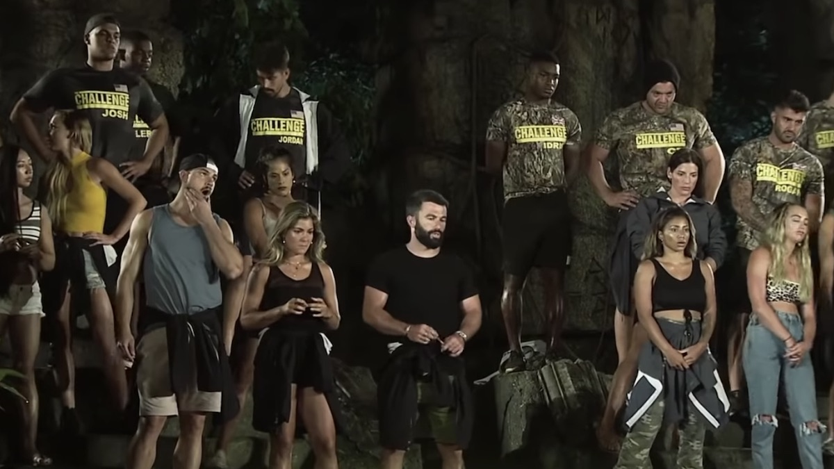 the challenge war of the worlds 2 cast members watch elimination event