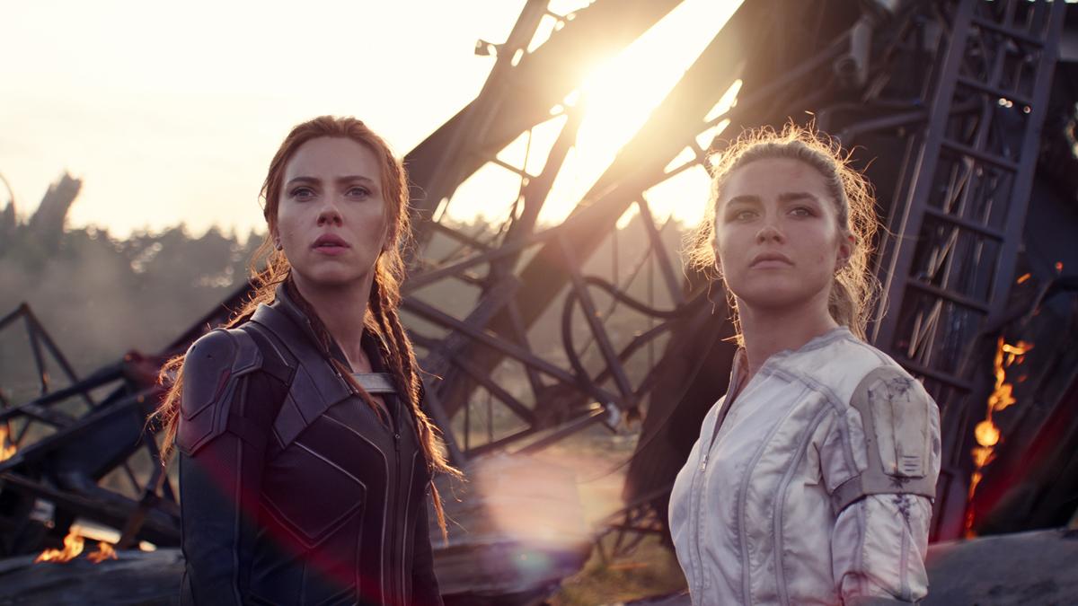 Black Widow standing with Yelena Belova