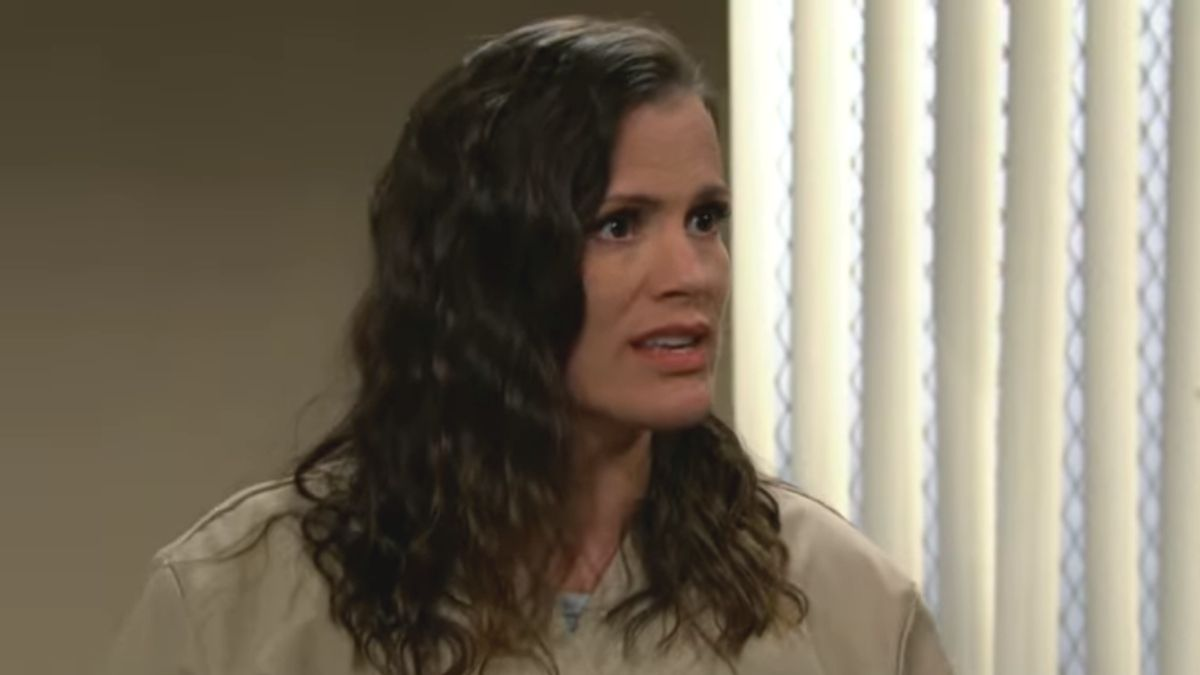 The Young and the Restless spoilers: Chelsea plots to escape to see Connor.