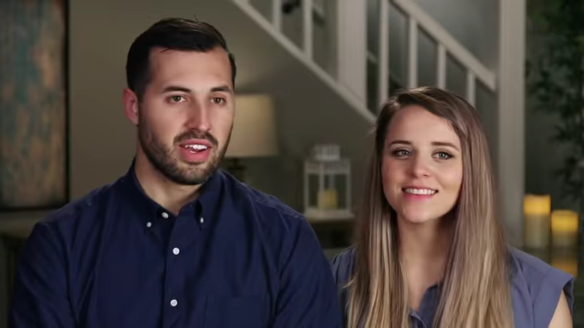 Jinger Duggar and Jeremy Vuolo in a confessional.
