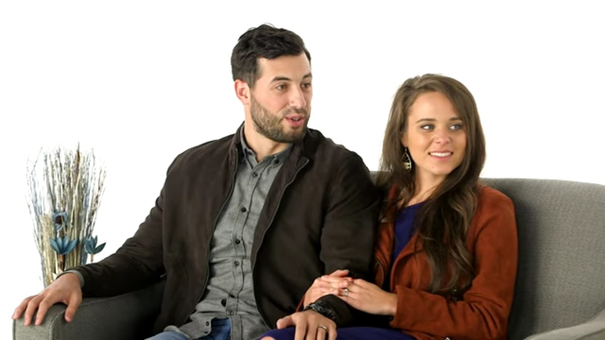 Jinger Duggar and Jeremy Vuolo during a Counting On special.