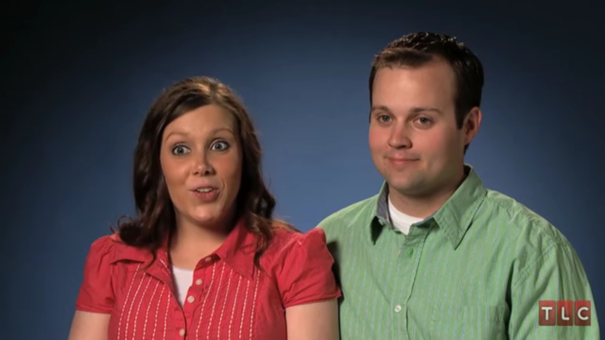 Josh and Anna Duggar in a 19 Kids and Counting confessional.