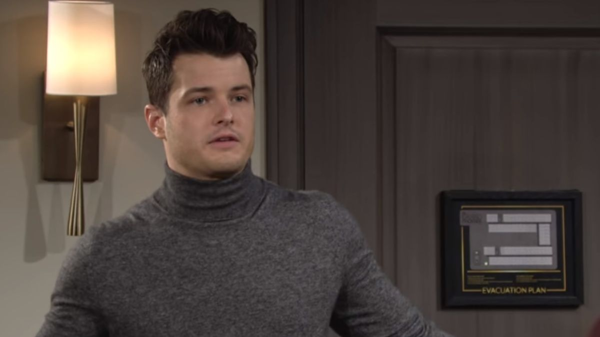 Michael Mealor from The Young and the Restless is leaving CBS show.