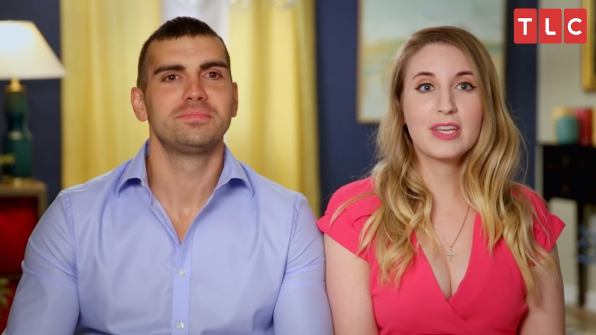 Sasha and Emily from 90 Day Fiance