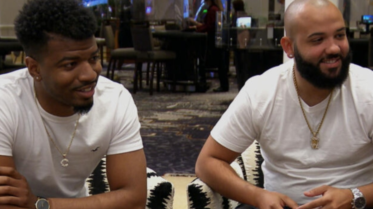 MAFS Chris and Vincent sit and talk on the Vegas honeymoon trip