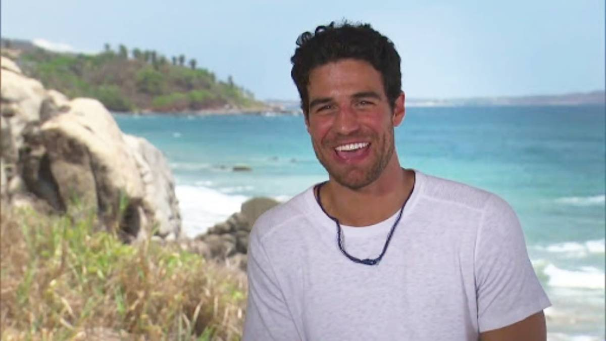 Grocery Store Joe films for Bachelor in Paradise
