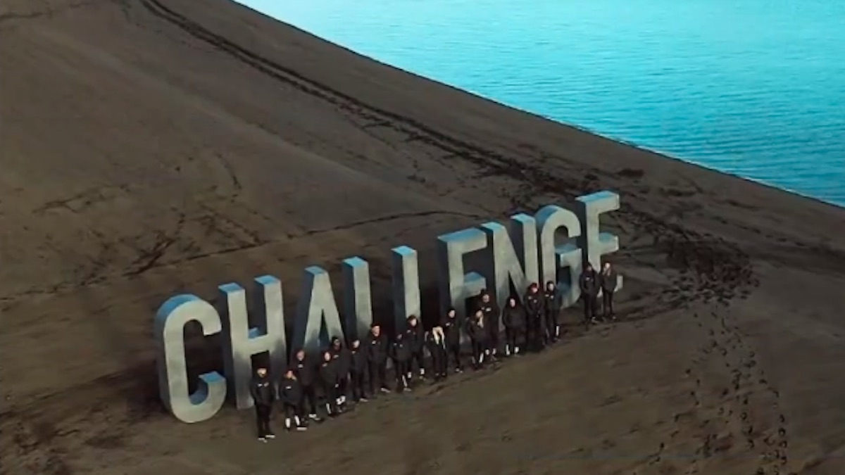 the challenge double agents cast members on beach